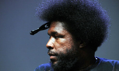 Questlove, sporting his afro comb.